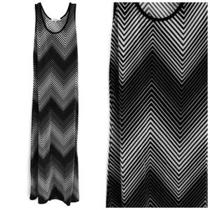 ★ NINETY | STRIPPED ILLUSION DESIGN MAXI DRESS